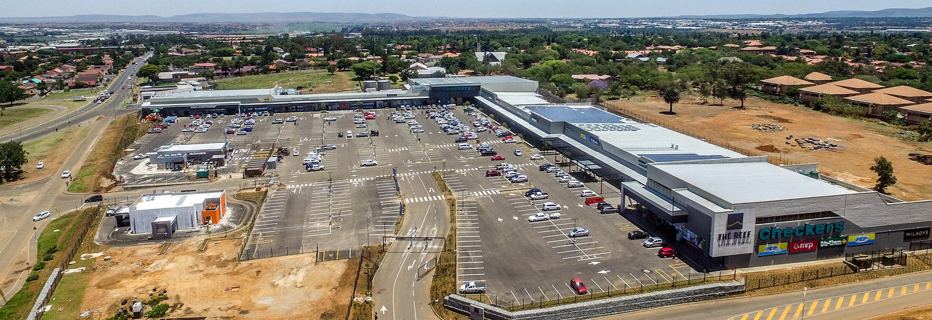 The Reef Shopping Centre